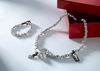 Corazonada (necklace) with Semillas (bracelet)