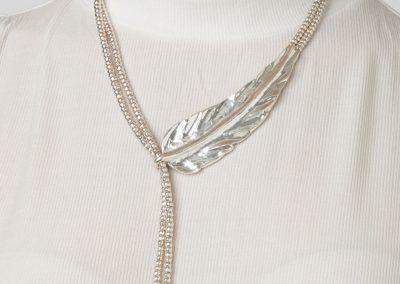 Pluma (necklace)