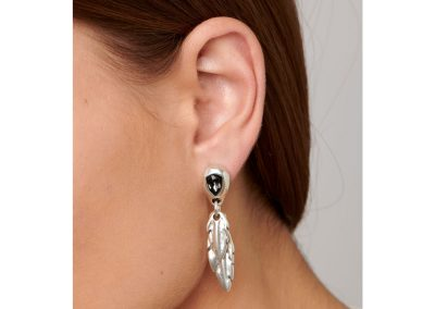 Mirame (earrings)