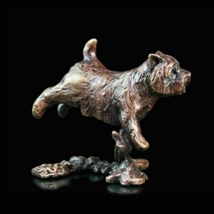butler & peach minature bronze westie running