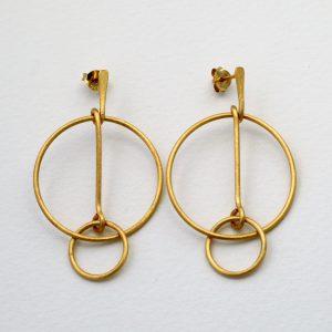 gold plated interlocking hoop stud earrings