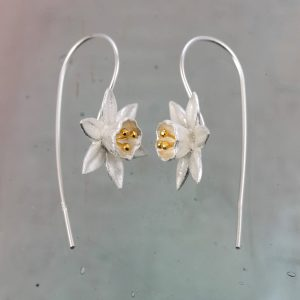 small silver daffodil earrings with gold plated stamens on hook wires