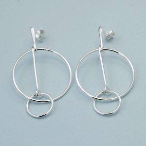 silver interlocking hoop stud earrings