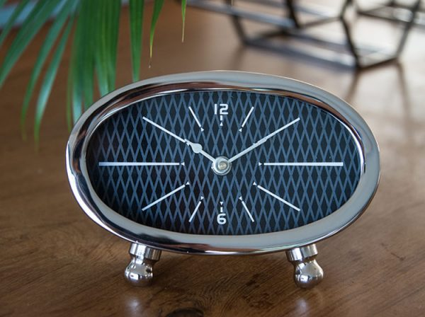 garth williams small table clocks